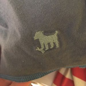 Tops - Does anyone recognize this brand/logo?  Thanks